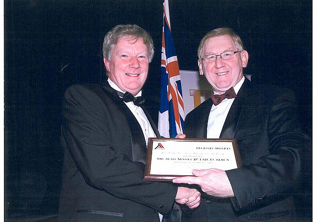 Alan Manly with Martin Ferguson Minister for Tourism 2009